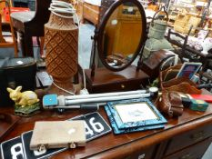 AN ART DECO MANTLE CLOCK, AN AGFAR CAMERA AND VARIOUS COLLECTABLES.
