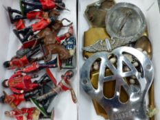 A SELECTION OF LEAD SOLDIERS AND VARIOUS COLLECTABLES.