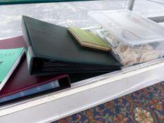 CIGARETTE CARDS, BOOKS AND FOLIOS.