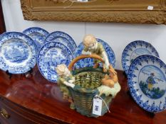 A COLLECTIVE LOT OF ANTIQUE AND LATER CERAMICS TO INCLUDE A PAIR OF DELFT BLUE AND WHITE PLATES,