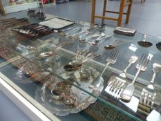 A QUANTITY OF VARIOUS HALLMARKED SILVER CUTLERY, PLATED CUTLERY ETC.