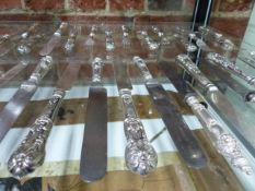 AN ASSORTMENT OF SILVER HALLMARKED AND WHITE METAL FLATWARE. APPROXIMATE WEIGHT ALL IN 42ozs.