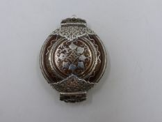 A HINGED PERSIAN BETEL LIME BOX. APPROXIMATE MEASUREMENTS 8cms x 6cms.