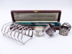 A SILVER HALLMARKED TOAST RACK 1932 LONDON, SPONSOR MARK GOLDSMITHS & SILVERSMITHS CO.LTD (LATER