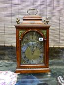 A GOOD 19th.C.SATINWOOD BRACKET OR TABLE CLOCK. PAGODA TOP CASE WITH PAINT DECORATION, BRASS ARCH