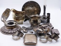 A SELECTION OF SILVER, COINS AND WHITE METAL WARES TO INCLUDE A WALKER AND HALL SILVER HALLMARKED