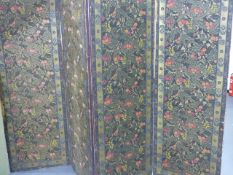 A LARGE ARTS AND CRAFTS FOUR PANEL FLOOR SCREEN WITH HAND BLOCK PRINTED DECORATIVE PANELS. H.165 x