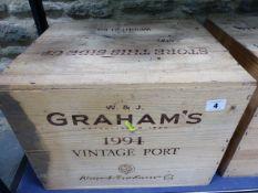 PORT, CASED TWELVE BOTTLES OF GRAHAMS VINTAGE PORT.