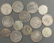 """Weimarer Republik, Lot Münzen, insgesamt 14 Stück, bestehend aus 5 x 5.- Mark """"Garnisonskirche"""", 4 x"""