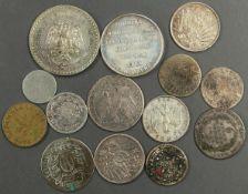 Münzlot aus aller Welt. Dabei auch viele ältere Münzen und Silbermünzen. Bestimmt eine kleine