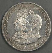 """Deutsches Kaiserreich Sachsen 1909, 5.- Mark - Silbermünze """"Universität Leipzig"""". Jaeger: 139."""