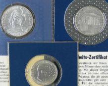 Deutsches Kaiserreich / Österreich 1901/24, Lot aus drei Silbermünzen bestehend aus: 1. Preußen