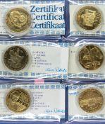 Lots Medaillen mit Zertifikat, bestehend aus: Friedrich der Große - Heimkehr nach Sanssouci,