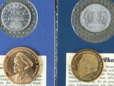 Deutschland Münzlot, bestehend aus: Deutsches Reich 1922 50 Pfennig, 1923 200 Mark,