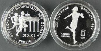 "Zentral - Guinea 1992, 7000 Francos - Silbermünze ""Katrin Krabbe"" und Medaille ""Berlin für Olympia"