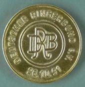 """Medaille """"Deutscher Ringerbund e.V. 26.10.91"""". Durchmesser: ca. 35,2 mm. Gewicht: ca. 31.1 g. Silber"""
