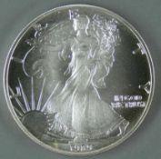 """USA 1989, 1.- Dollar - Silbermünze """"schreitende Liberty"""". Durchmesser: 40,6 mm, Gewicht 1 oz.,"""