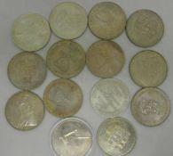 Großes Medaillen Lot DDR, insgesamt 14 Stück, dabei Max Rheinhardt. Manche mehrmals vorhanden. Bitte