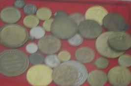 Lot Münzen und Medaillen in Lindner Münzbox, über 25 Stück. Besichtigung empfohlen.