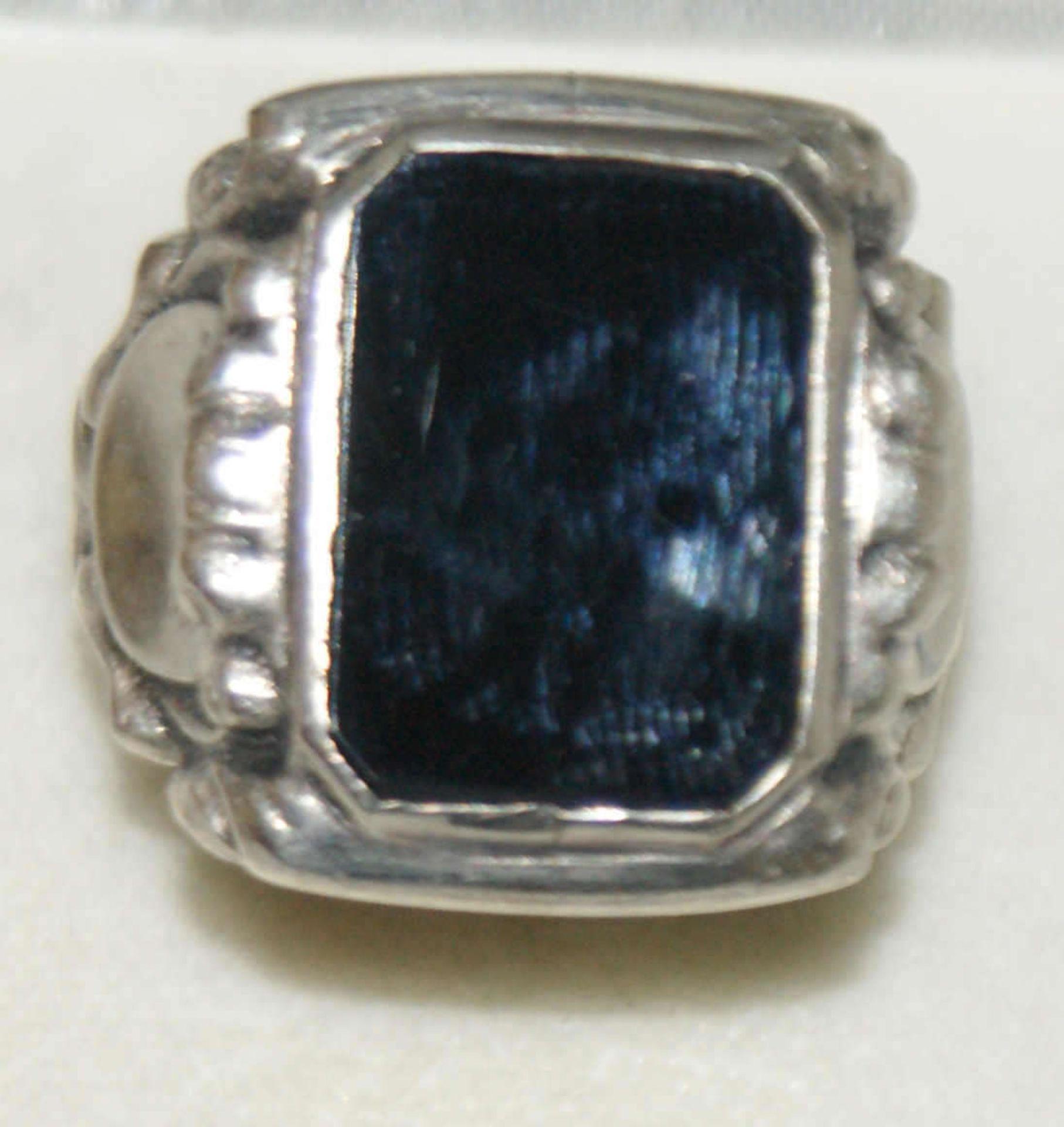 Herrenring, 830er Silber, besetzt mit Onxy, Ringgröße 58, Gewicht ca. 8 gr