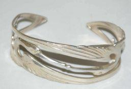 Jugendstil Silberarmspange, sehr feine Handarbeit. Besichtigung empfohlen.
