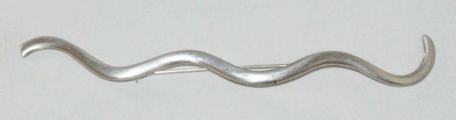 Designer Silberbrosche, 925er Silber, Länge ca. 14,5 cm. Handarbeit.
