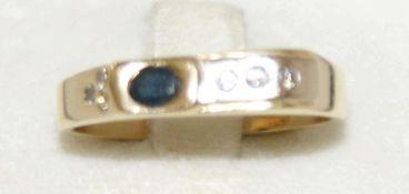 Damenring, 585er Gelbgold, besetzt mit 1 Saphir, sowie 6 Diamanten. Ringgröße 62, Gewicht ca. 6,5