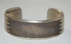 Armspange, 925er Silber, mit Ornamenten verziert, sehr schöne Optik. Gewicht ca. 52 gr