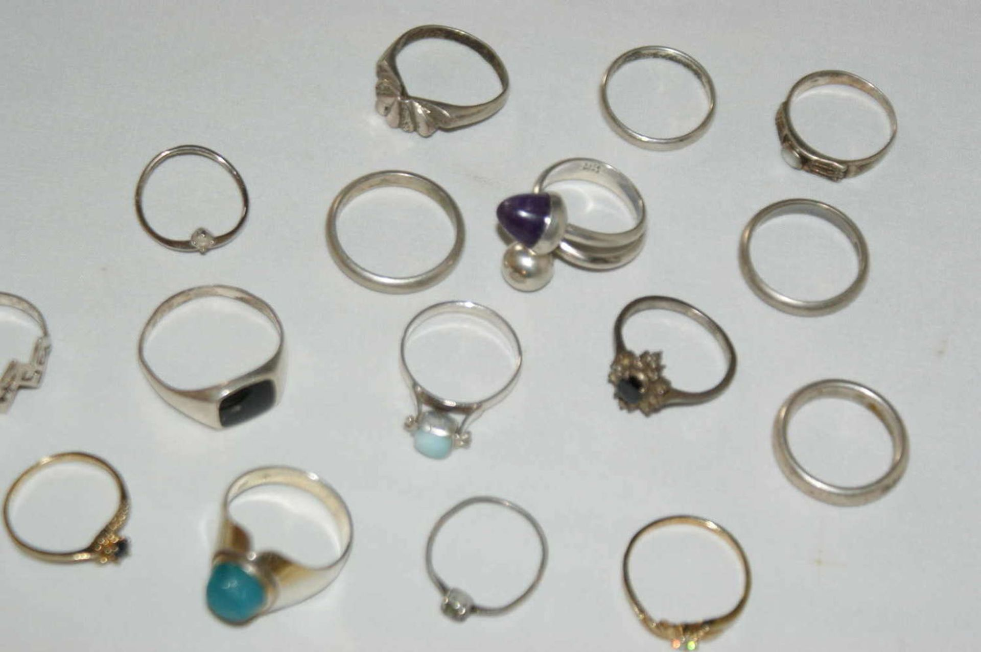 Konvolut Ringe, Silber, verschiedene Modelle, insgesamt 17 Stück, Gewicht ca. 40 gr - Bild 2 aus 2