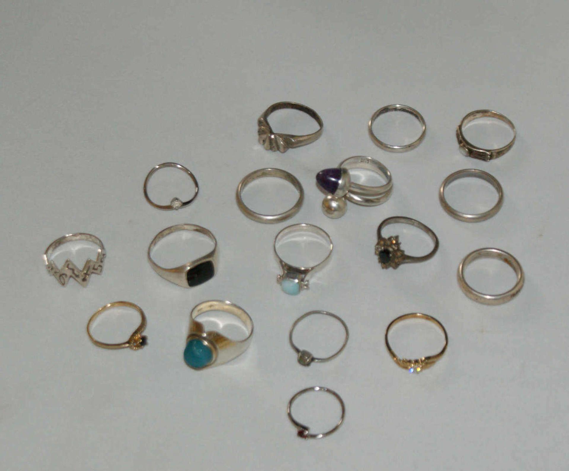 Konvolut Ringe, Silber, verschiedene Modelle, insgesamt 17 Stück, Gewicht ca. 40 gr