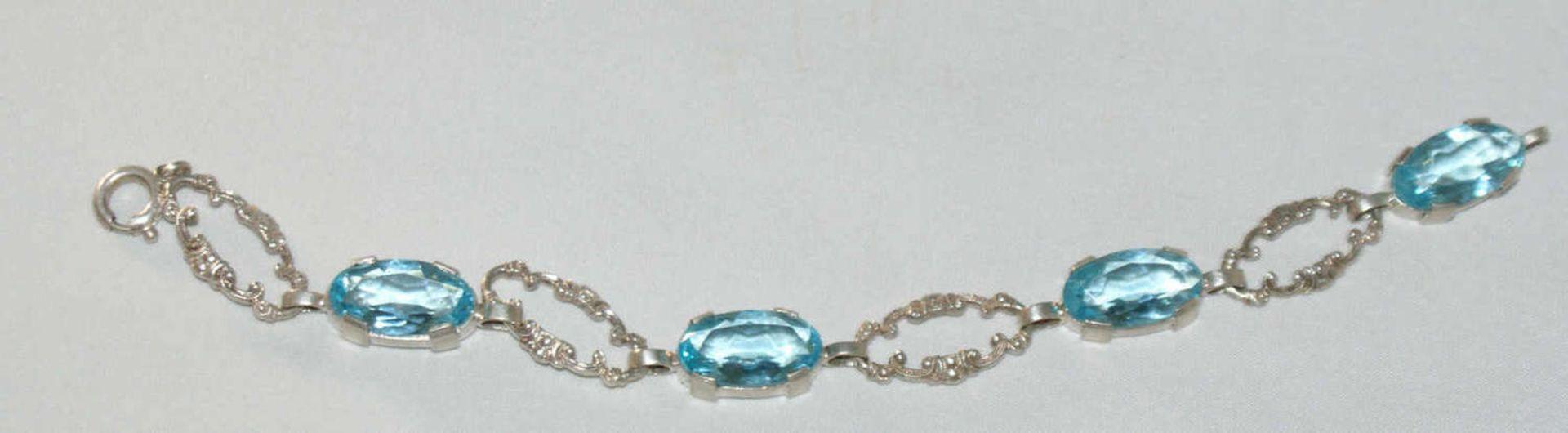 Armband, Silber, besetzt mit Aquamarinen, diese geprüft. Armband im Jugendstil. Länge ca. 18 cm