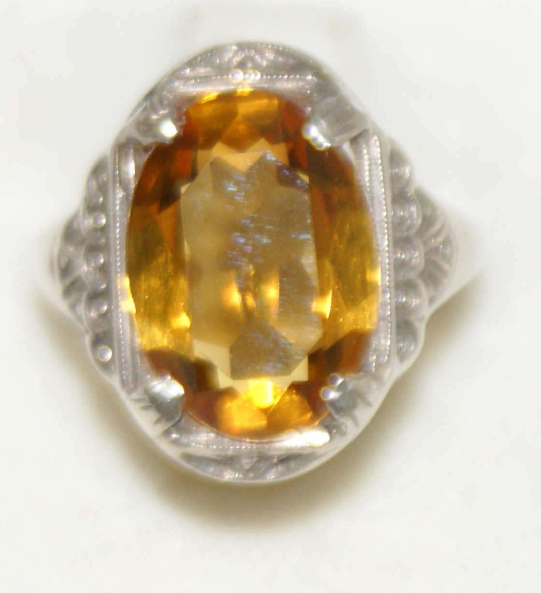 Damenring, 835er Silber, 1930er Jahre, besetzt mit 1 Citrin, Ringgröße 51. Gewicht ca.