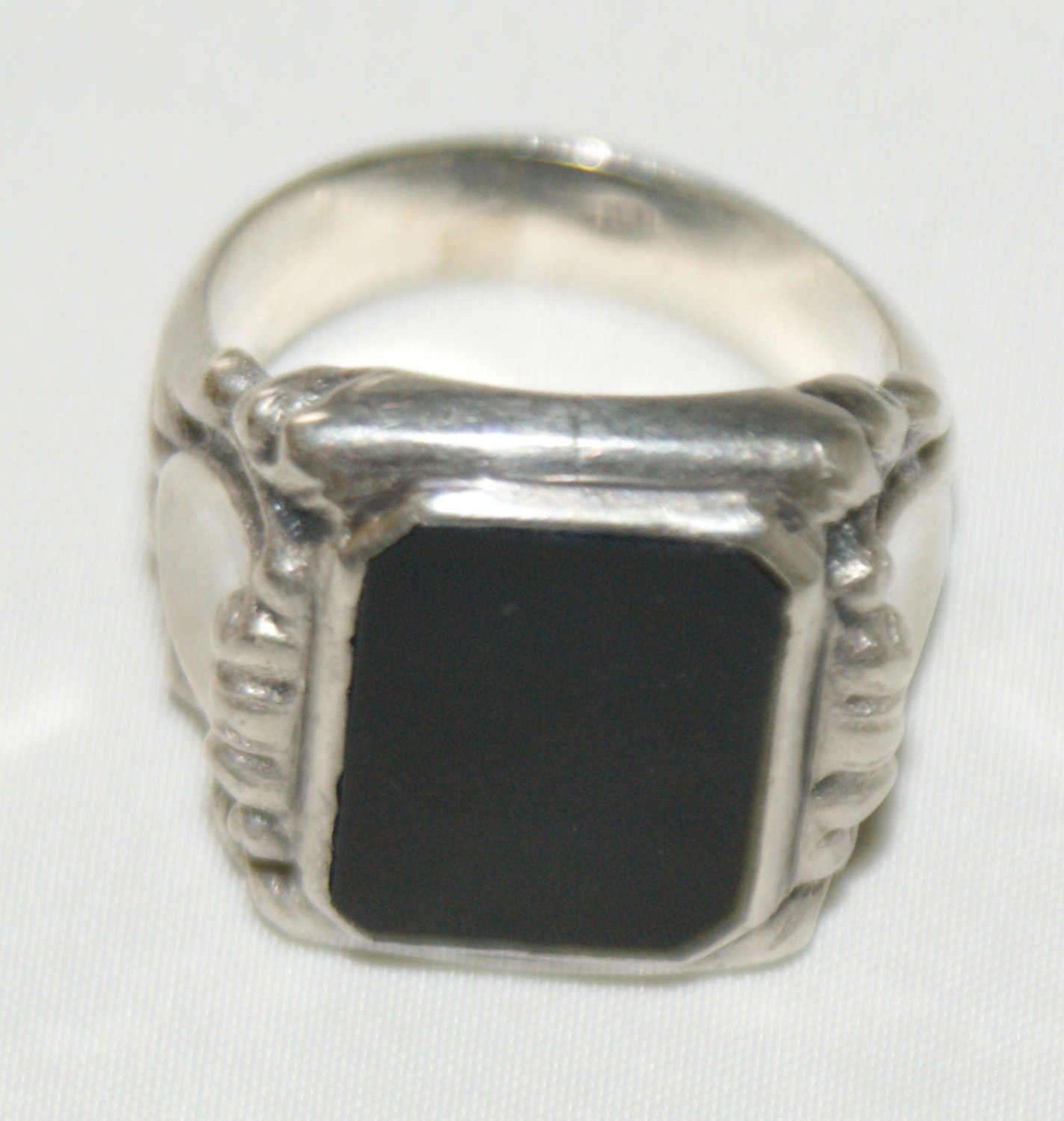 Herrenring, 830er Silber, besetzt mit Onxy, Ringgröße 58, Gewicht ca. 8 gr - Bild 2 aus 2