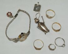 Konvolut Silber, dabei Ringe, Anhänger, etc., sowie 1 Condor Damenarmbanduhr 835er Silber, Gewicht