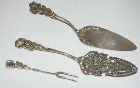 3 Teile Silberbesteck, 1x Tortenschaufel und 1 kleine Gebäckgabel, 835er Silber, Gewicht ca 43