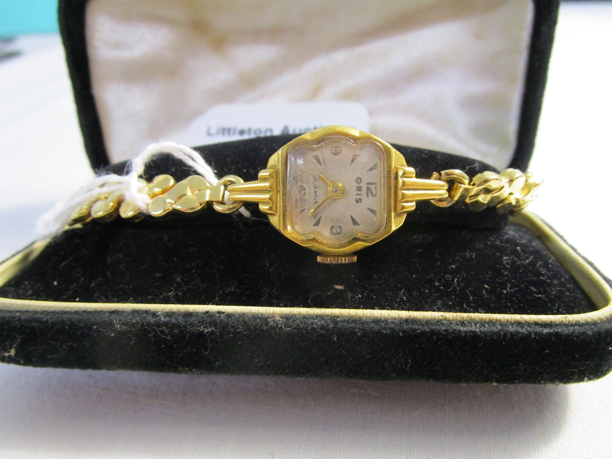 Lot 9 - Ladies Oris wrist watch