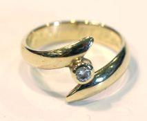 14 k Gelbgold Ring mit kleinem Diamant, Gr. 49,5, 3,3 gr.