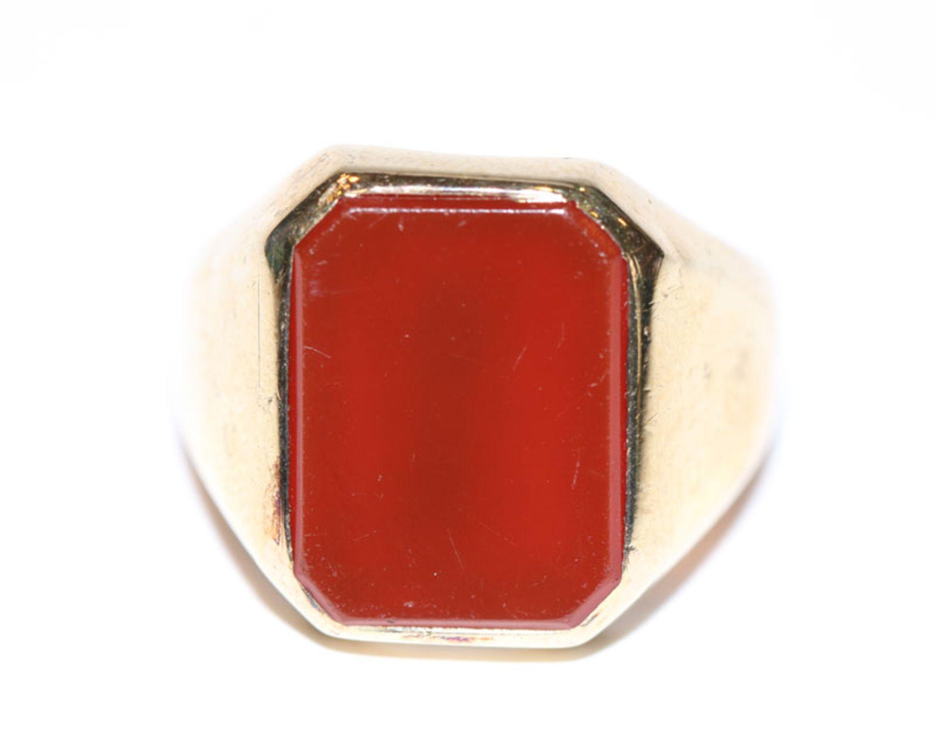 Los 39 - 8 k Gelbgold Ring mit Carneol, 5,6 gr., Gr. 62