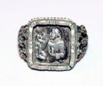 Antoni-Ring mit reliefiertem Dekor, 800 Silber, Gr. 61, Tragespuren