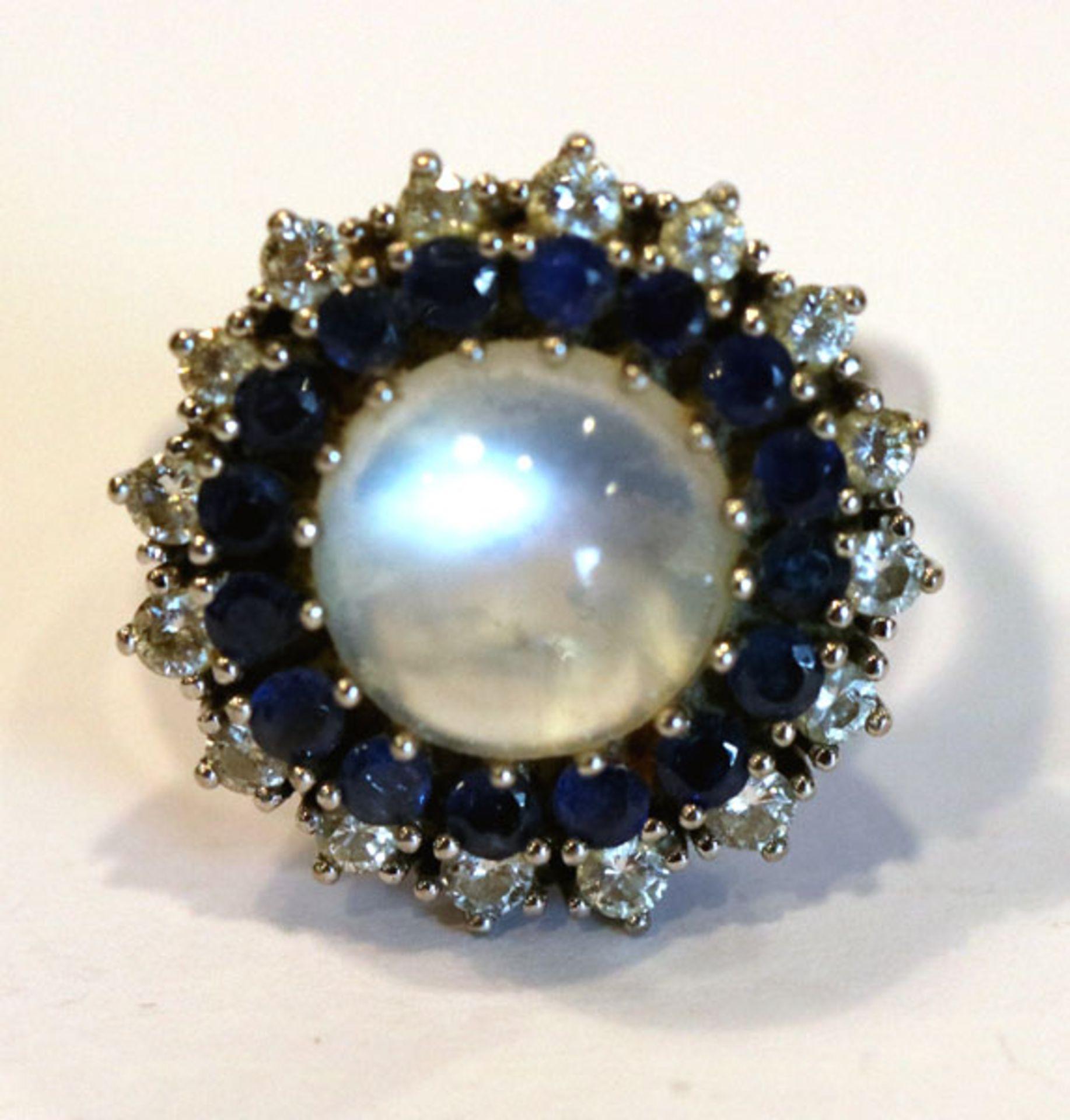 Los 25 - 14 k Weißgold Ring mit Mondstein, Diamantkranz mit 16 Diamanten und Safirkranz, klassische