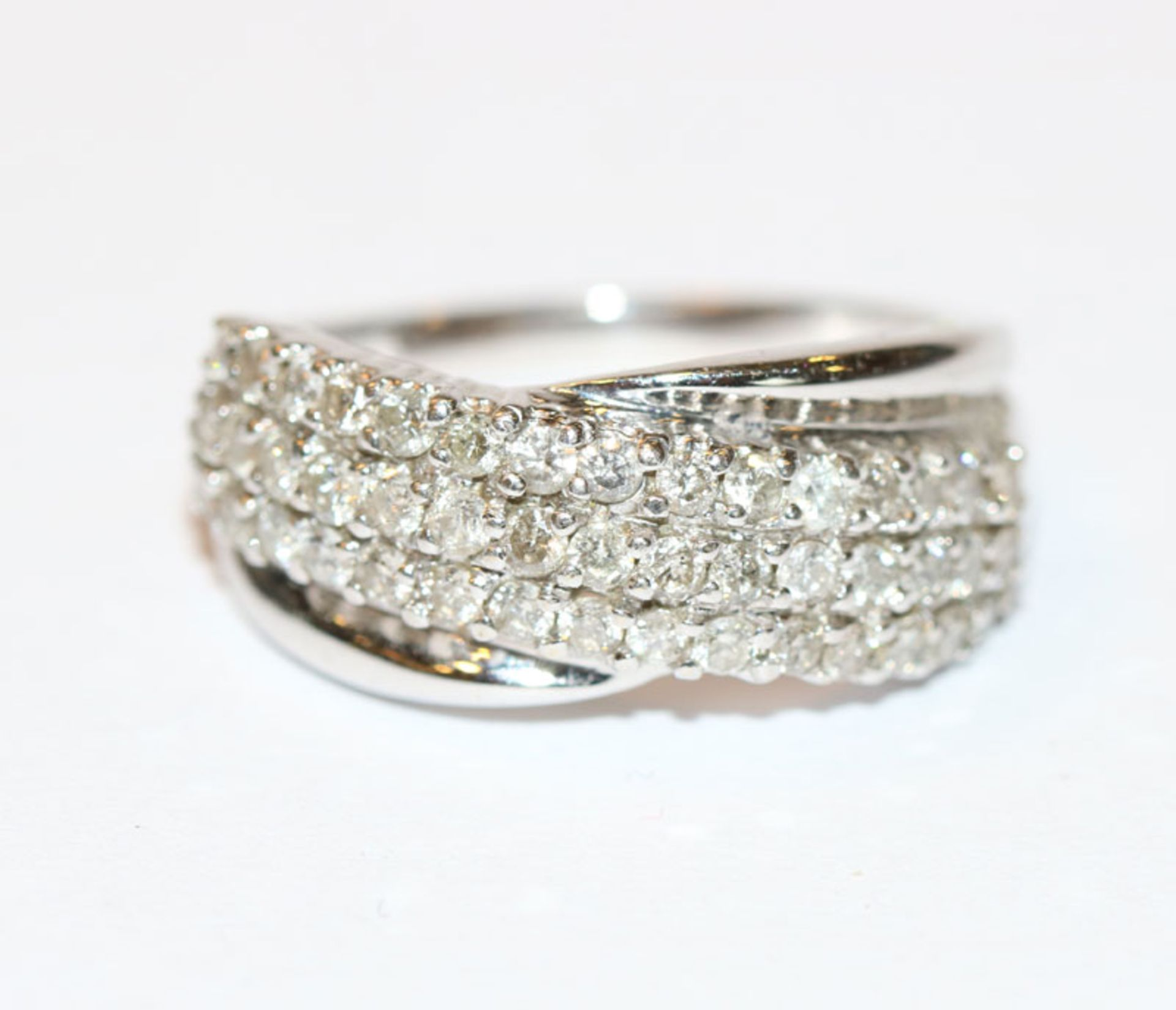 14 k Weißgold Ring mit Diamanten, zus. ca. 1 ct., Gr. 54, klassische Handarbeit
