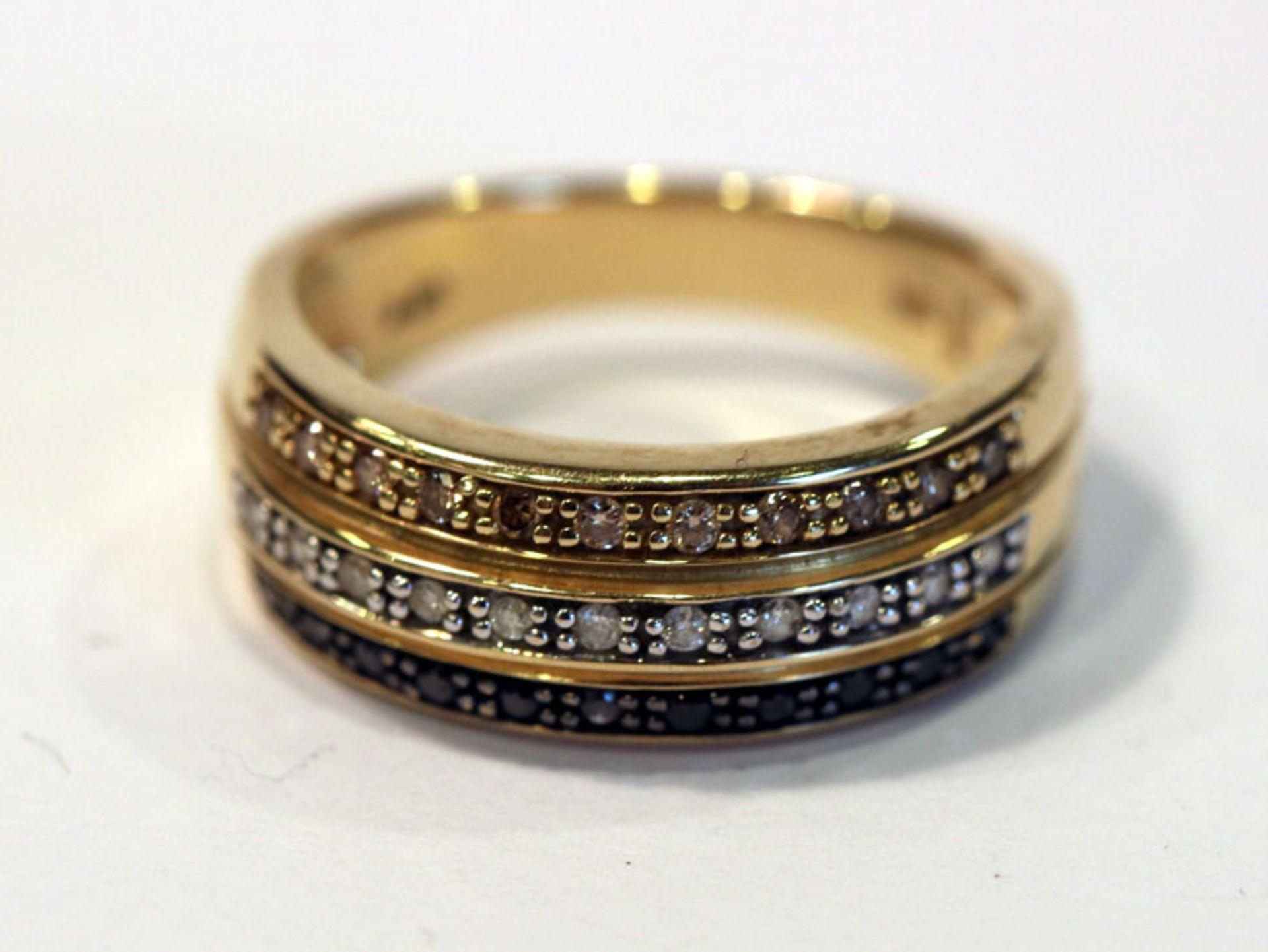 Los 58 - 14 k Gelbgold Ring mit Diamanten und Safiren, klassische Handarbeit, Gr. 56