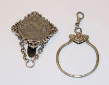 Silber Rockstecker mit Silbertaler 'Patrona Bavaria', L 6 cm, und Silber Schlüsselring, D 5 cm, zus.
