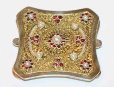 Dekorative Kropfkettenschließe, 835 Silber, teils vergoldet, filigrane Handarbeit mit Granaten und