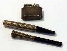 Silber Feuerzeug und Zigarettenspitze, und eine versilberte Zigarettenspitze, Gebrauchsspuren