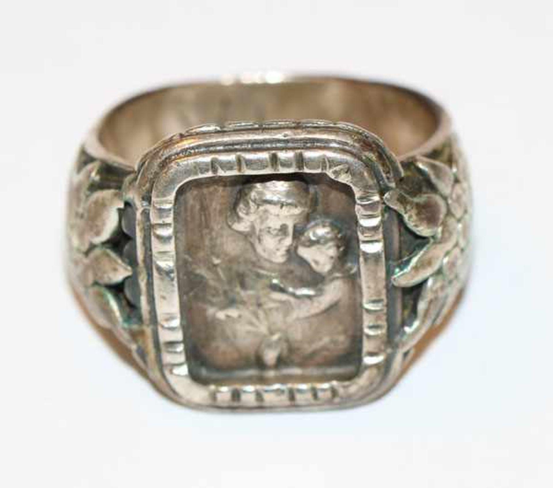 Los 3 - Antoni-Ring, 800 Silber, reliefierter Heiliger Antonius und seitlichen Edelweiß, Gr. 58,