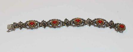 Silber Trachten Armband, teils vergoldet mit 5 Korallen ?, L 18 cm