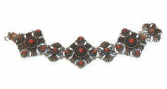 Armband, 835 Silber mit Koralle verziert, L 19 cm