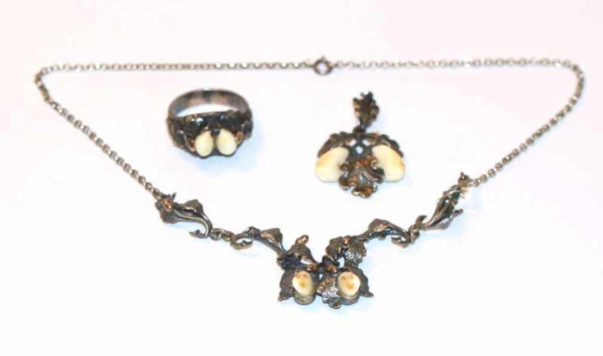 Silber Grandel-Schmuck-Set: Collierkette, 38 cm, Anhänger, L 4 cm, und Ring, Gr. 67, alle mit