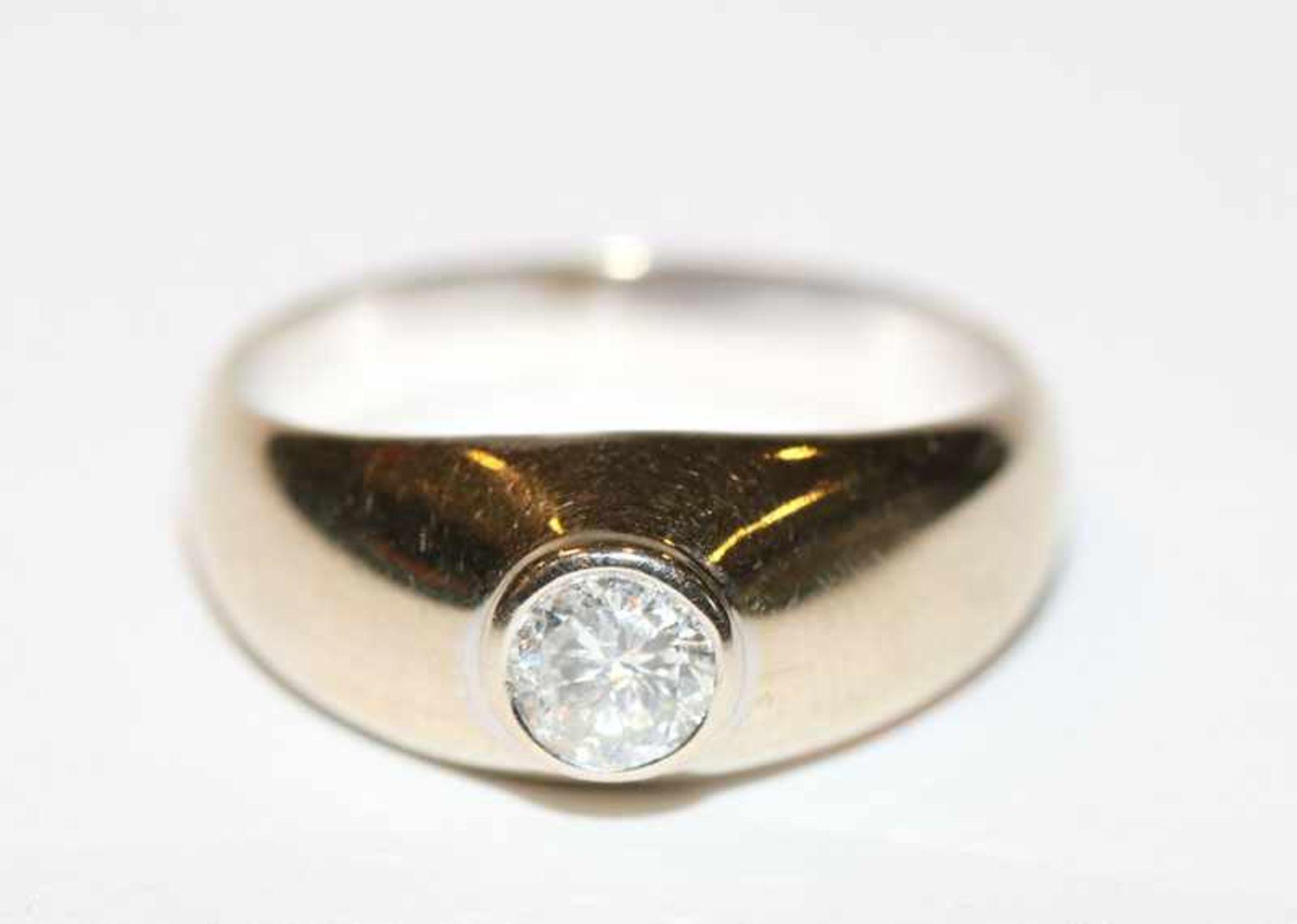 Los 35 - 14 k Gelbgold Ring mit ca. 0,40 ct. Diamant, Gr. 59